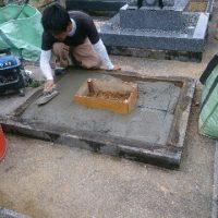 大垣市 東町で墓石工事。基礎工事