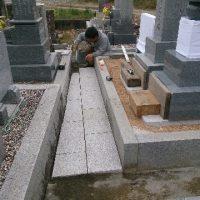 本巣市で墓石リフォーム工事、墓石建立工事、参道石張り