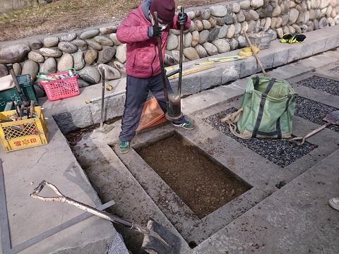 大垣市 安楽寺墓地で外柵設置工事