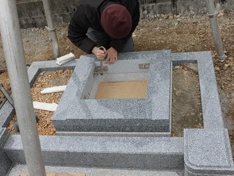 大垣市 呑龍閣様で墓石建立工事