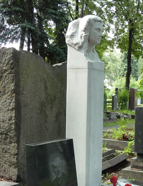 大理石のお墓(海外)