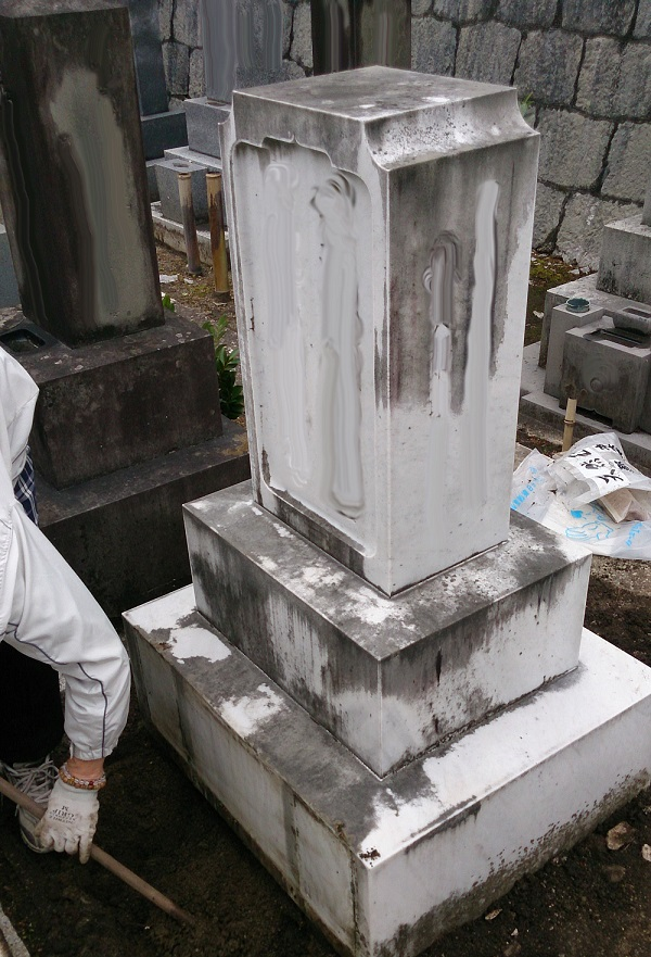 大理石のお墓(日本)