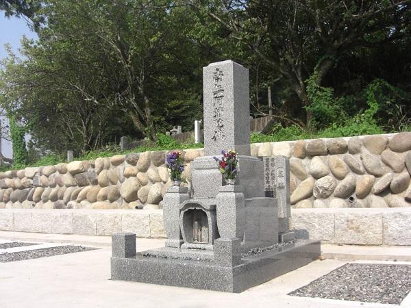 お墓の建立例