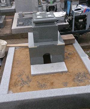 石碑設置工事