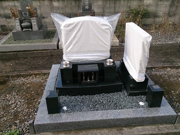 洋型のお墓の完成