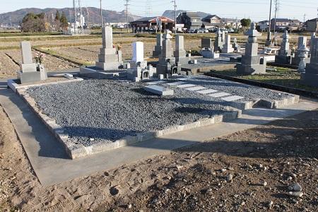 広い墓地の工事費