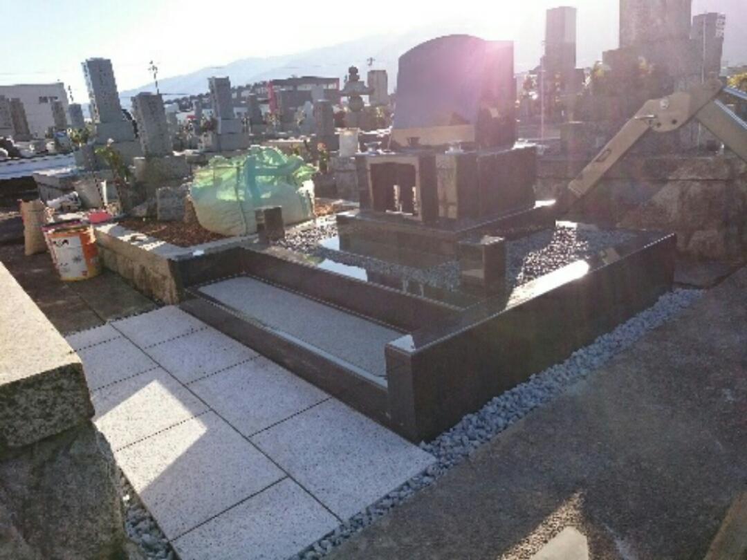 養老町で墓石リフォーム工事、墓石設置、完成
