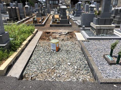 大垣市 熊野墓地で墓石リフォーム①解体
